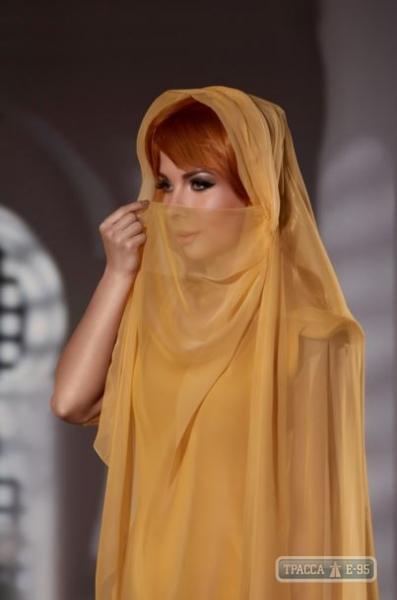 Фотопроект «Красота сквозь века» представил перевоплощения одесситок.